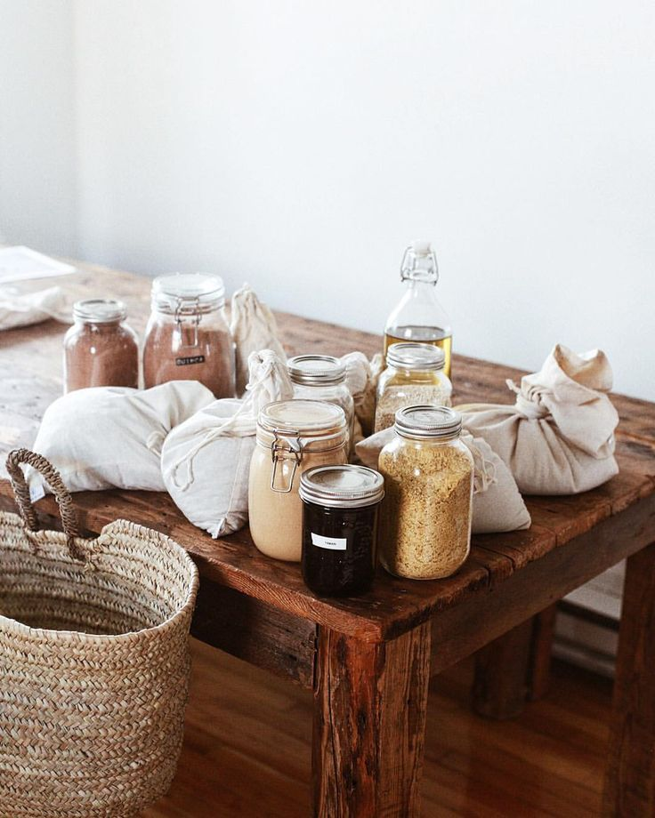 zero waste kitchen | buy in bulk | grains in cloth bags / french farmers market tote / hand made tables / plastic free living