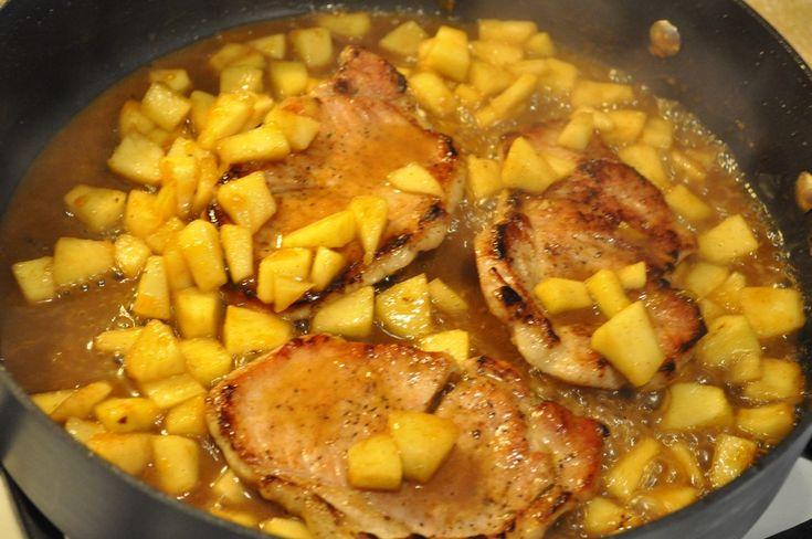 Szaftos tarja burgonyával és varázslatos ízesítéssel! Egyszerű és nagyon finom főétel!