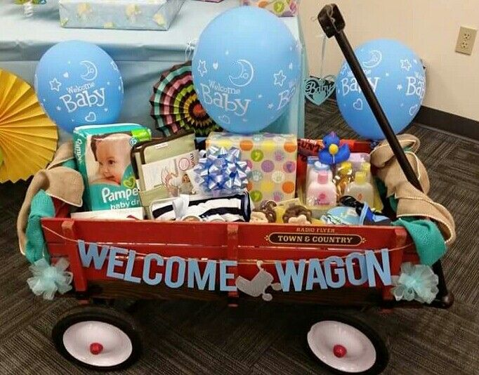 The perfect baby shower gift. Would be great for either gender, boy or girl. This welcome wagon will definitely be a cute baby shower gift! Perfect for any baby shower party. #babyshowergift