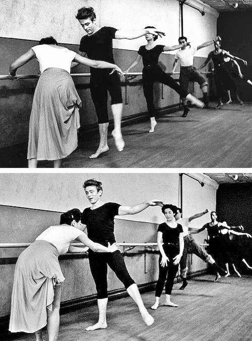 James Dean aula de Ballet classico com Katherine Dunham juntamente com outros membros Nova York, 1955.