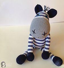 Ravelry free pattern - Zebra amigurumi