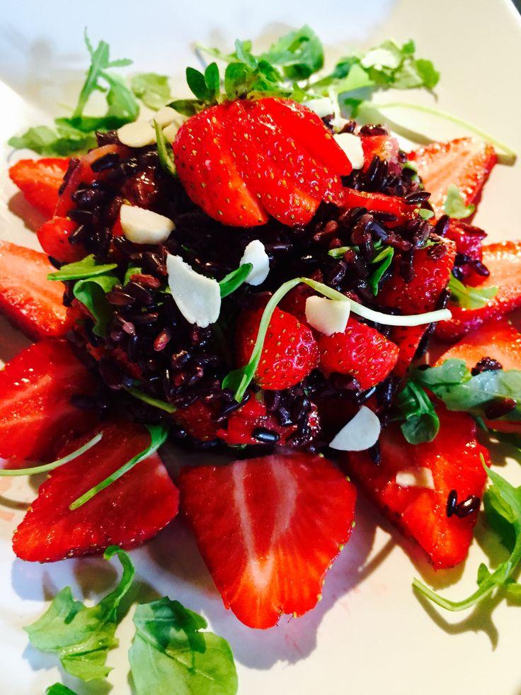 Insalata+di+riso+Venere+con+fragole+e+rucola+-+Strawberry+rocket+Venere++salad+rice