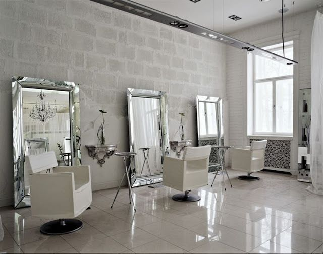 25 best ideas about make up stations on pinterest for Beauty salon mirrors with lights