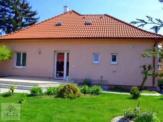 TOP lokalita - Dunajská Lužná - rodinný dom na samostatnom pozemku 158 000 - obrázok