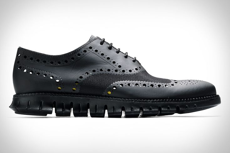 Cole Haan ZeroGrand No Stitch Oxford. Whoa ... intriguing, not sure if I like it or not. Definitely need to see these in person. But I dig the concept.