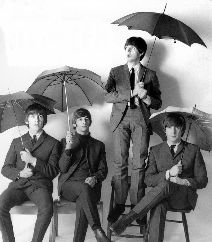 The Beatles: George Harrison, The Beatles, Ringo Starr, Band, Paul Mccartney, Color, Red Umbrellas, Photo, John Lennon