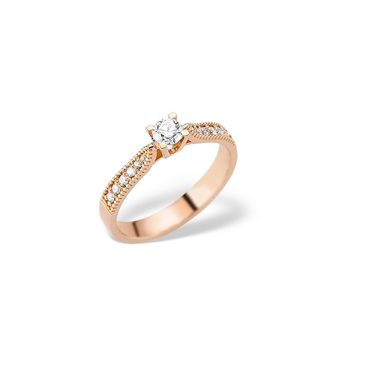 Din aur roz de 18K si diamante ce inconjoara o piatra centrala, LRY175 este un inel de logodna delicat si finut, un model in tendinte.  http://www.bijuteriilarosa.ro/lry-175-roz