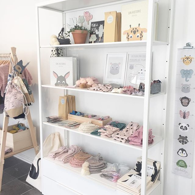 At Biksn you can find all products by Alfabetdyr - as well as selected toys, decorations and clothes from other brands.