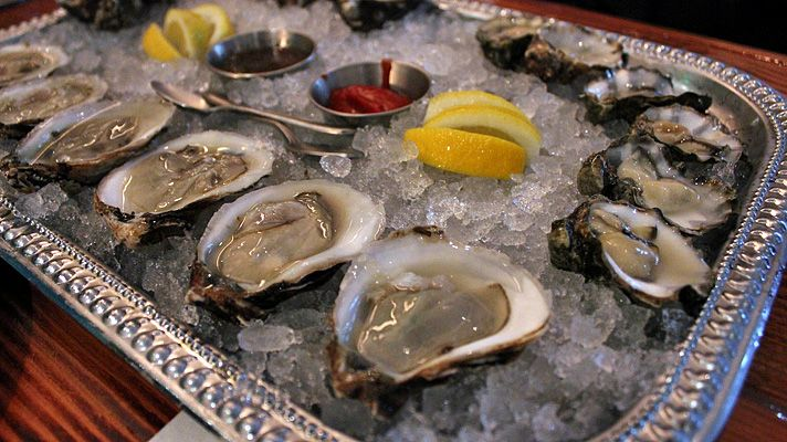 Here are 10 of the best oyster happy hours in the greater Los Angeles area.