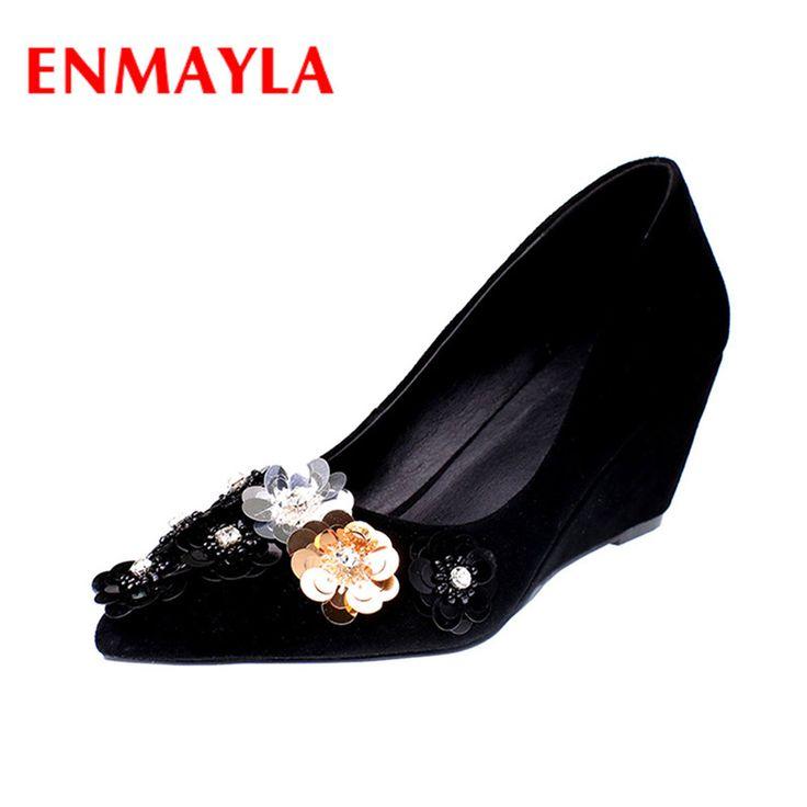 Купить ENMAYLA Высокие Каблуки Острым Носом Весенние и Осенние Классические Черные Туфли Женщина Цветы Подвески Slip on Повседневная Обувь Женщин насосы Size34 39и другие товары категории Туфлив магазине YQZнаAliExpress. обувь мыло и обувь раза