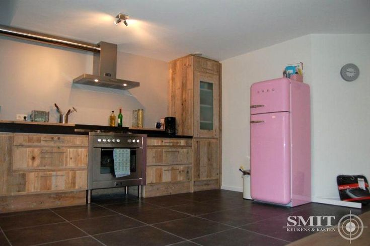 17 beste idee n over rvs koelkast op pinterest - Eigentijdse keuken tafel ...