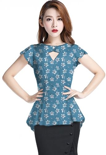 1940s Blouse Chic Star design by Amber Middaugh