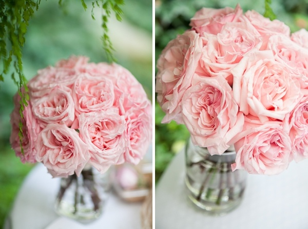 Pink garden rose bouquet intermixed with the cream garden roses to create a - Bouquet de rose artificielle ...