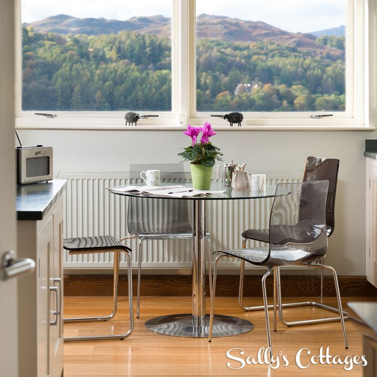 Just picture that morning cup of tea in this luxury dining area at our elegant pet-friendly cottage for 10 in Ambleside. The views over the fells and mountains are mesmerising!