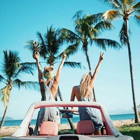 🌞🌅🌴 ¡FELIZ FIN DE SEMANA A TODOS! 🌞 🌅🌴 Cualquiera que sean tus planes no olvides protegerte del sol y cuidar tus ojos, lleva siempre contigo tus gafas. Escoge tu favoritas! 💗 📲 📥 Pedidos por interno o whatsapp 0988107242 🚚 📦 Envíos a cualquier ciudad del país 👌  E #makeup #brushes #glam #summertime #beachtime #playa #Esmeraldas #tonsupa #beach #summer #temporada #bathandbodyworks #beachlife #gorgeus  #nude #fashion #doseofcolors #Salinas #Montañita #puertolopez #frailes  #Cuenca…