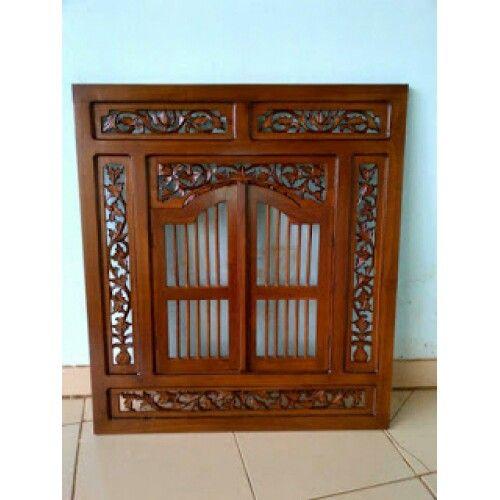 Cermim Krepyak Jati Klasik produk furniture jepara yang mempunyai kualitas bagus. cermin krepyak terbuat dari bahan kayu jati dan ukurannya panjang 70cm x tinggi 80cm. untuk pembelian silahkan hubungi kami andris mebel jepara sms/wa 085200934562 dan pin bb 24d2850d