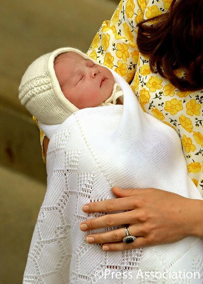 I hope they name the new little princess Diana, at least her middle name <3