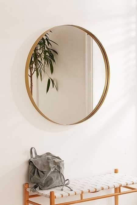 runder Spiegel, Messing