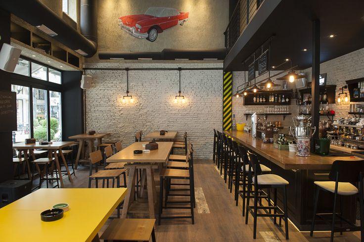 Cadillac records Bar, Karditsa ,Greece  #design #interior #bar #karditsa #greece #photos  photo by @biskanakis  interior designer @panospapadoulis