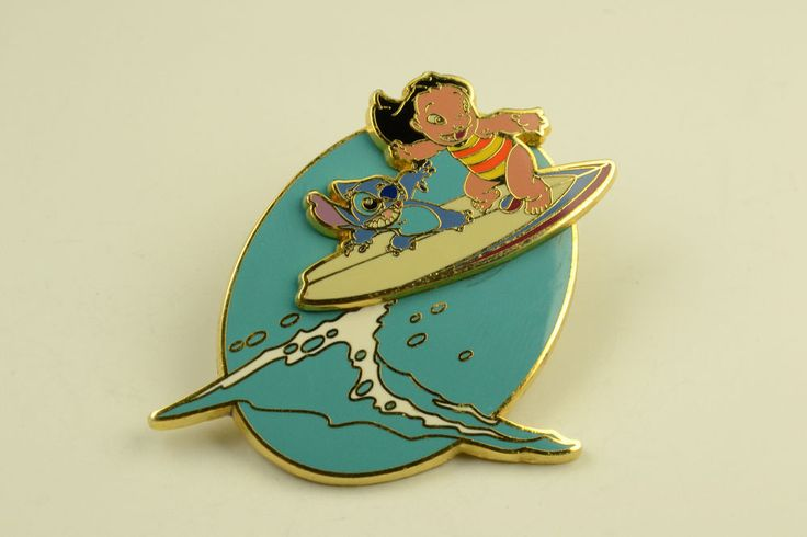 Disney Lilo and Stitch Surfing Cast Member Exclusive LE of 3000 Moving Pin
