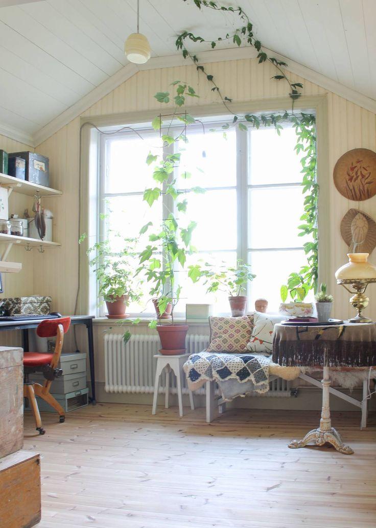 Efter ombyggnaden - fönster i arbetsrummet. Foto: Erika Åberg