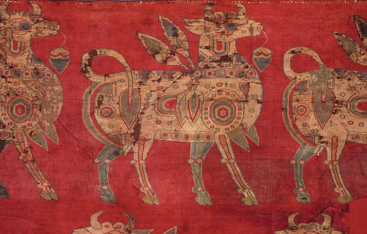 Sogdian bulls (detail of fragment), Central Asia, silk samite, 7th – 8th century, Francesca Galloway