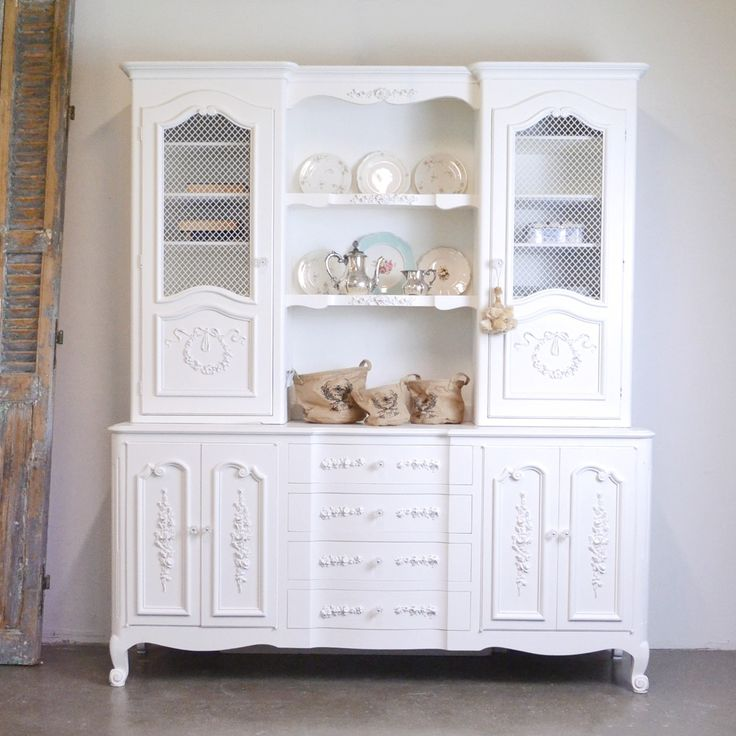 1000 ideas about china cabinet decor on pinterest cabinet decor shabby chic and china cabinets. Black Bedroom Furniture Sets. Home Design Ideas