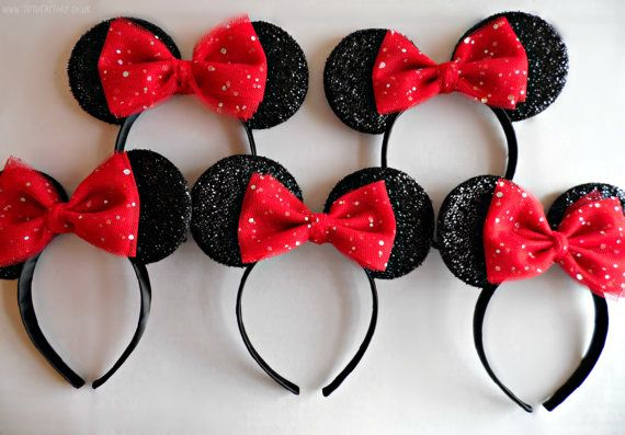Set of five Minnie Ears for Disney themed Hen Party par tutufactory