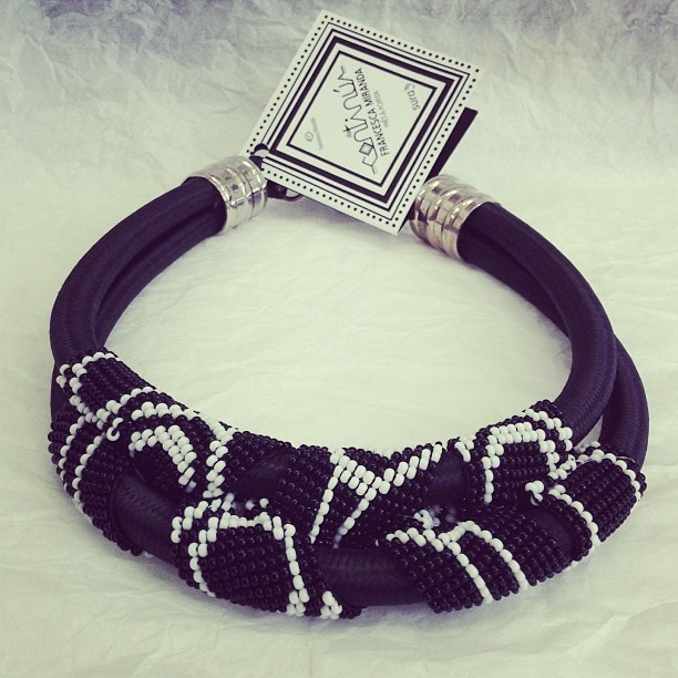 Accesories #CONTINÚA #artesanía #Colombia #madeinColombia #trend #style #bw #black #white #shop #spring2013 #blanco #negro #boutique #fashion #moda #FrancescaMiranda - @Francesca Miranda- #webstagram