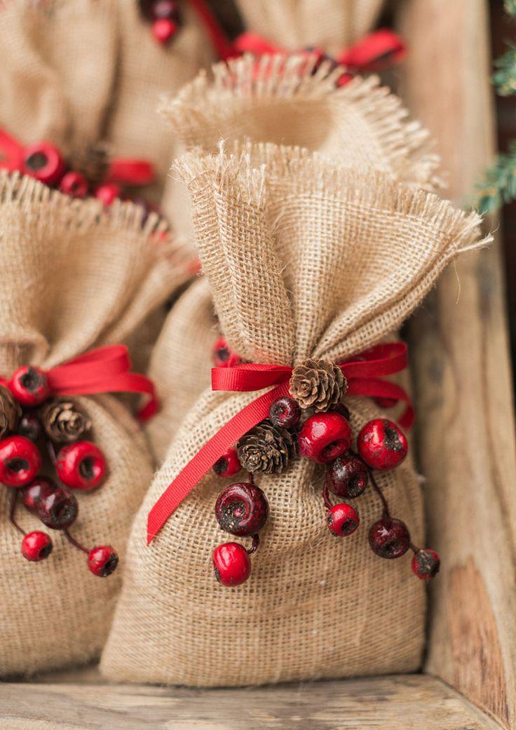 The 25 best burlap bags ideas on pinterest diy it bag for Burlap bag craft ideas