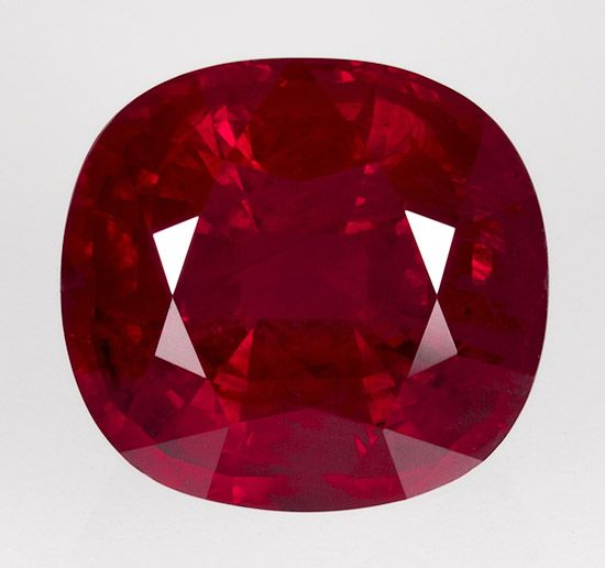 Beautiful 4.08ct, red red, cushion ruby. There is no other red like it! WOW!!!  I want this!