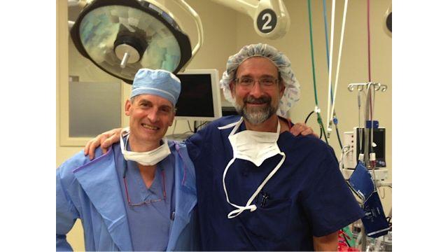 Dr Daigle et Dr Garry Pess - Traitement de la maladie de Dupuytren - Isomed Clinique chirurgie esthétique et médecine privée - Rive-Sud
