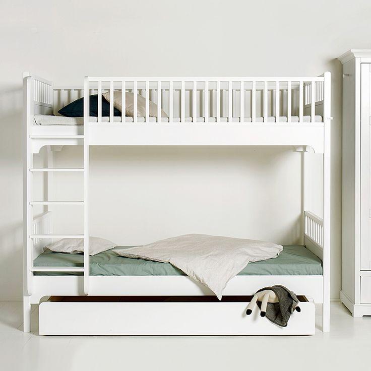 die besten 25 etagenbett ideen auf pinterest etagenbett zimmer bett f r jungs und kinderbett. Black Bedroom Furniture Sets. Home Design Ideas