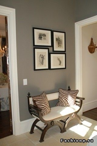 Entrance hall - love the grey with white border and neutral bytones..