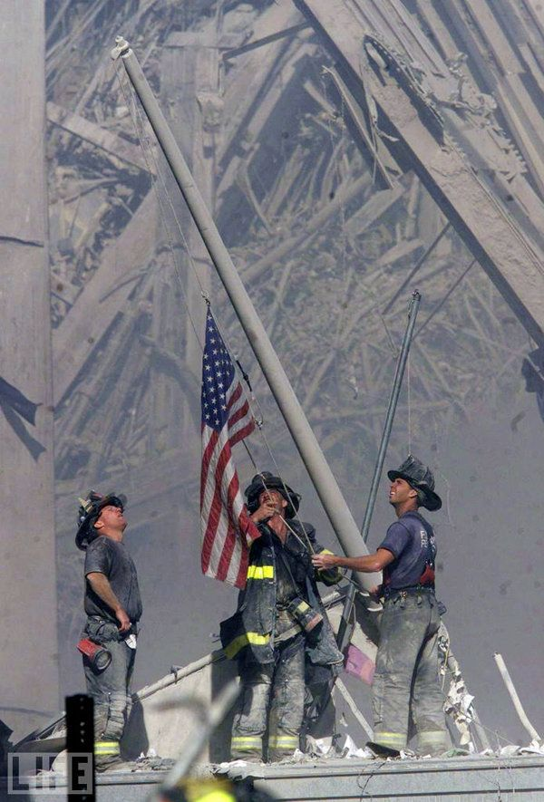 9/11: The 25 Most Powerful Photos  I still remember what I was doing, almost 12 years later, on that horrific day.  I will always remember the brave men and women that lost their lives that day.