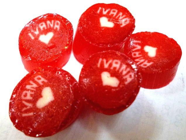 Caramelos artesanal personalizado con el nombre de Ivana. #CaramelosArtesanalesPersonalizados
