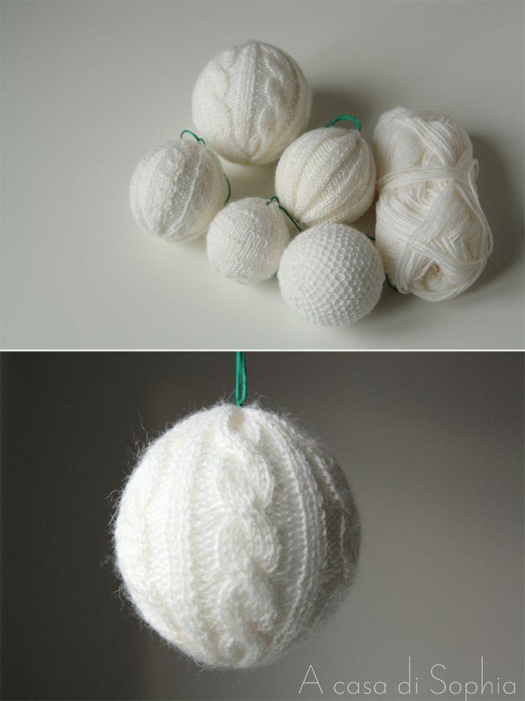 Palline di Natale fatte a mano in lana