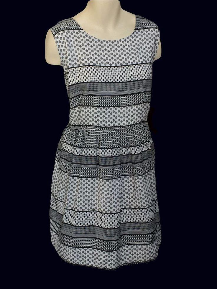Black and Cream Career Dress size 22 Sleeveless Keyhole neckline in back Lined #BBDakota #TeaDress #WeartoWork