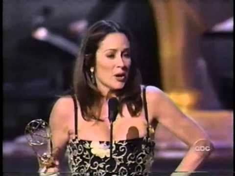 Patricia Heaton wins 2000 Emmy Award for Lead Actress in a Comedy Series