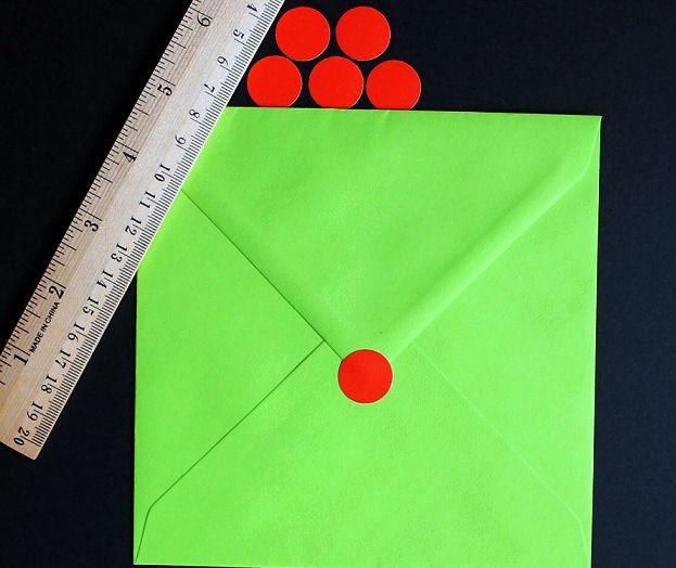 http://etichete.e-marturii.ro/stickere-plicuri-cutii-cadouri-pa10