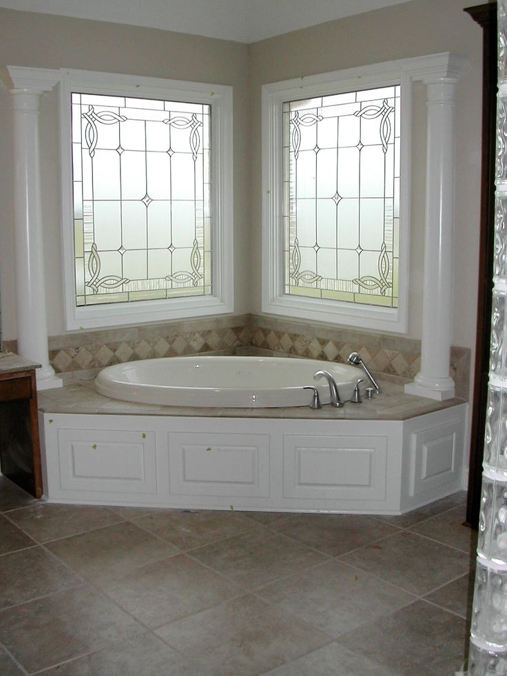 Entrancing 70 bathroom window glass types design ideas of for Decorative window glass types