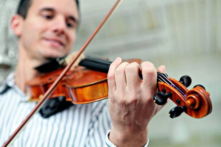 Learn how to play the violin with Violin Tutor Pro ...