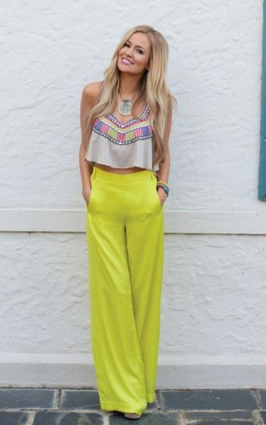 high waisted pants with a crop top<3