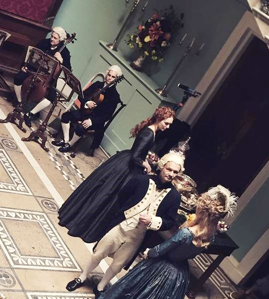 Eleanor Tomlinson Filming Season 3