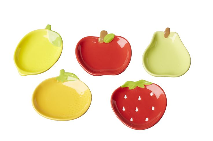 Adorable mini fruit serving plates