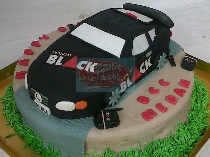 MERCY CAR 3D CAKE.   Dibuat dengan teknik carving. Ditutup dengan lapis fondant