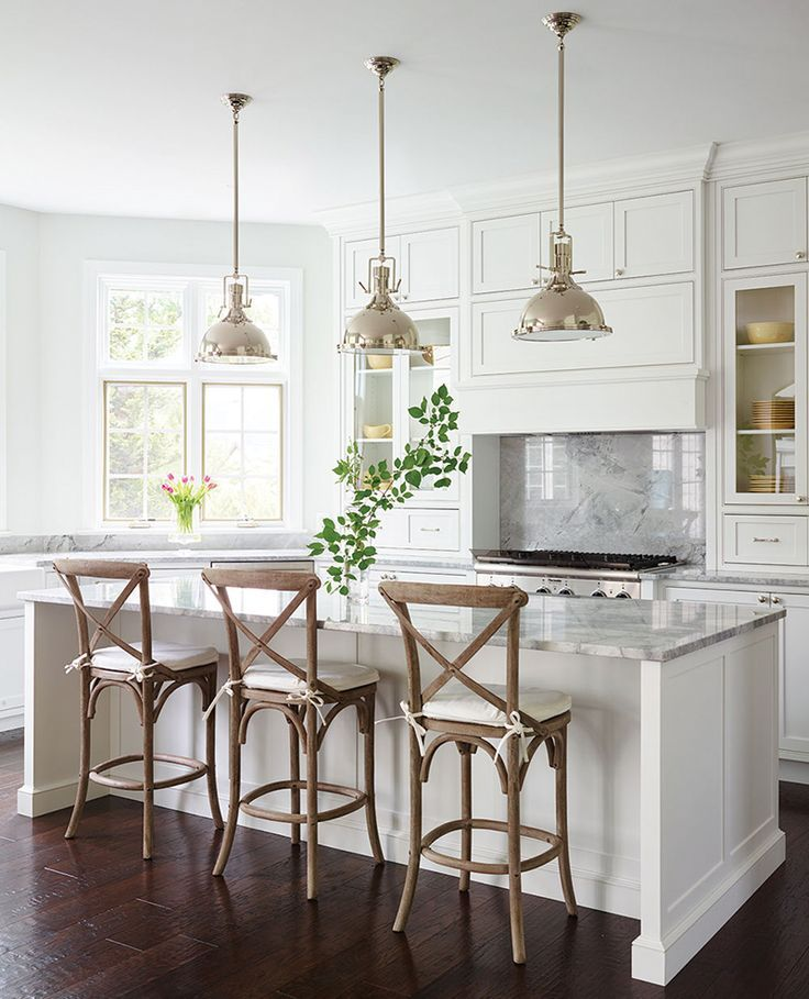How To Choose The Right Bar Stools For Your Kitchen Island Or Peninsula Hamptons Kitchen Kitchen Island Lighting Kitchen Stools
