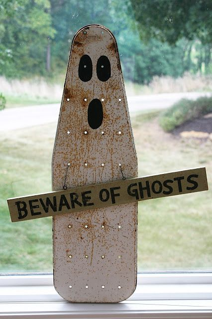 "Repurpose Ironing Board Ghost- this makes great yard decor! As Franklin D Roosevelt said..""When you get to the end of your rope, tie a knot and hang on"" For Great Daily Support and Motivation, recipes and tips...Join me here https://www.facebook.com/groups/HollysHelpinHand/"