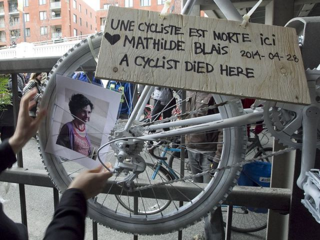 Vélo Québec: We had nothing to do with banner denouncing bike-safety policies