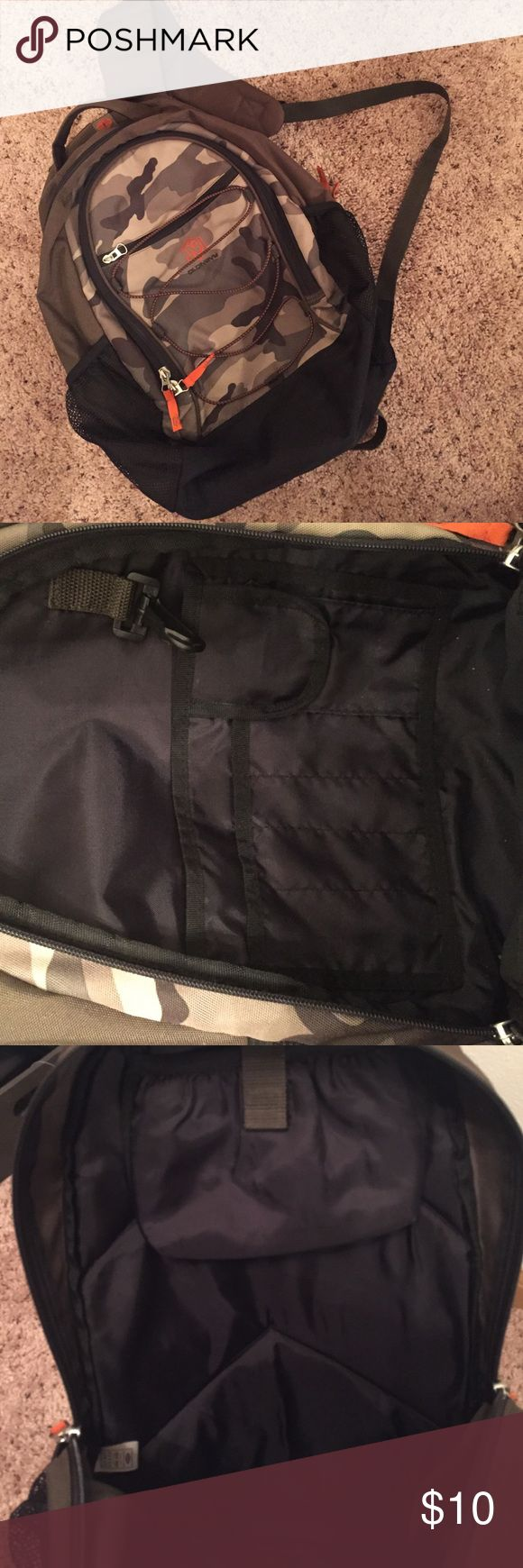 Old navy backpack 🎒 in good condition Old navy backpack 🎒 in good condition. This backpack has lots of pockets which I like. For any occasion. Price final. Bundle welcome. Old Navy Bags Backpacks